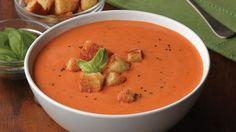 Heerlijke vegetarische Tomaten Creme Soep met uitsluitend verse ingrediënten. Lekker, gemakkelijk en gezond! Als lunch- of voorgerecht.