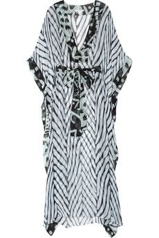All I want in life to wear a DVF kaftan and lounge by the pool with a drink the size of my face.
