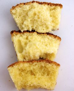 The bottom cake is cake 1, the middle cake is cake 3 and the top cake is cake 2--all the same vanilla butter cake mixed differently.