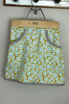 Girl's skirt plus a link to the pattern and tutorial (free)