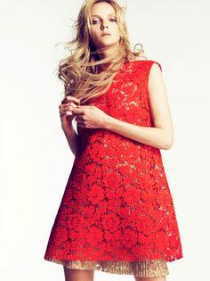 desejando um vestidinho assim e uma renda vermelha bem linda