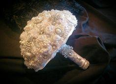 BEAUTIFUL BOUQUET @ https://www.etsy.com/shop/Elegantweddingdecor