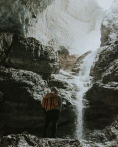 Back to when we had a blast exploring the Eiskapelle! This spot was on my list for over a year now and we finally made it there! It is cold and windy but there are #campvibes wherever there is a waterfall. Even in ice caves! #polerstuff_germany @polerstuff_germany More on: www.regnumsaturni.com Prints: www.society6.com/regnumsaturni #landscape #travel #nature #explore #outdoors #wanderlust #fernweh #photography