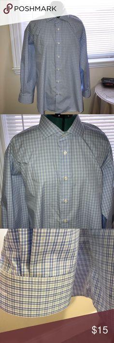 Pronto Uomo Men's No Iron Shirt Pronto Uomo No-iron  men's slim fit crisp shirt. Worn once. Sleeves 32/33. 2 button choices on cuffs fir the perfect fit. Pronto UOMO Shirts Dress Shirts