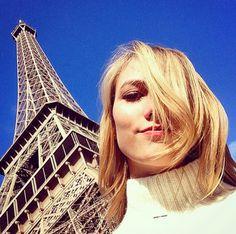 Karlie Kloss à Paris http://www.vogue.fr/mode/mannequins/diaporama/la-semaine-des-tops-sur-instagram-janvier-2015/18740/carrousel#karlie-kloss-paris