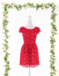 Vestido Renda Vermelho - frente www.gunadress.com.br