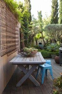 Steal This Look, Garden with Vintage Box Spring in Australia | Gardenista
