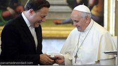 El presidente de Panamá regaló al Papa Francisco un disco de Rubén Blades - http://panamadeverdad.com/2014/09/05/el-presidente-de-panama-regalo-al-papa-francisco-un-disco-de-ruben-blades/