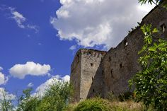 The castle ruins of Speltara - San Terenziano, Perugia, Umbria Italy Umbria Italy, Castle Ruins, Monument Valley, Mount Rushmore, Europe, San, Vacation, Mountains, History