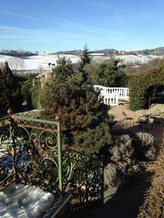 Giardino con neve