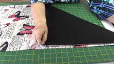 Origami Bag Tutorial: Easy to Make Market Tote Bag - Alanda Craft Small Sewing Projects, Sewing Projects For Beginners, Sewing Tutorials, Craft Tutorials, Easy Tote Bag Pattern Free, Origami Tote Bag, Messenger Bag Patterns, Diy Bags Patterns, Japanese Sewing Patterns