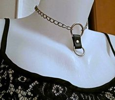 Halskette O Ringe Choker veganes Leder genietet Chainchoker Kette in Niedersachsen - Göttingen   eBay Kleinanzeigen O Ring Choker, Ring Der O, Chokers, Jewelry, Fashion, Lower Saxony, Neck Chain, Ring, Moda