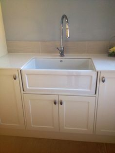 country kitchen cupboards and farmhouse sink http://www