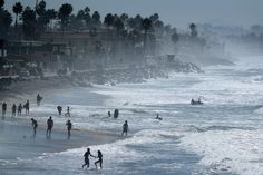 California and Washington state joined five nations on the Pacific coast of the Americas on Tuesday to agree to step up the use of a price on carbon dioxide emissions as a central economic policy to slow climate change.
