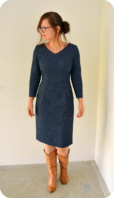 Burda september dress take 2 Taken 2, Diy Mode, Make Your Own Clothes, Fashion Sewing, Sewing Crafts, Needlework, Sewing Patterns, Beautiful Women, Womens Fashion