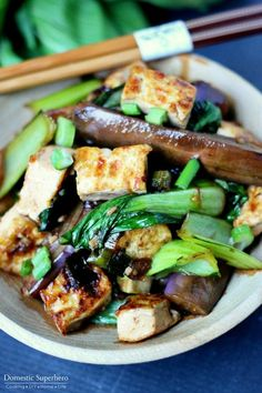 Spicy Asian Eggplant & Tofu Bowls are the perfect healthy dinner! Delicious Japanese Eggplant, Bok Choy, and tofu drenched in a spicy Asian Sauce! Takes less than 30 minutes, too! Eggplant Tofu Recipe, Vegan Eggplant Recipes, Tofu Recipes, Asian Recipes, Vegetarian Recipes, Healthy Recipes, Eggplant Fries, Vegetarian Dinners, Chinese Recipes
