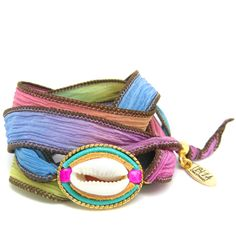 Isla Ibiza Rainbow Zijde Wikkel Armband ♡ available at www. Silk Wrap Bracelets, Beautiful Hands, Ibiza, Rainbow, Boho, Gemstones, Handmade, Fashion, Rain Bow