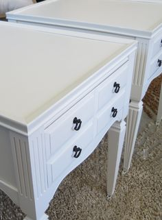 38 Trendy Ideas for antique furniture redo end tables Refurbished Furniture, Paint Furniture, Repurposed Furniture, Furniture Projects, Furniture Making, Furniture Makeover, Antique Furniture, Home Furniture, Furniture Refinishing