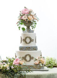 Garden cake | Social Graces Events | The Flour Garden | creationstudiosgallery.com #weddings