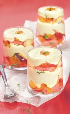 Discover recipes, home ideas, style inspiration and other ideas to try. Köstliche Desserts, Delicious Desserts, Dessert Recipes, Yummy Food, Candy Recipes, Sweet Recipes, Food Tasting, Food Dishes, Mousse