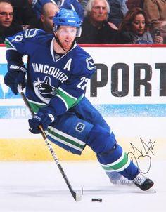 Daniel Sedin Autographed 11x14 Photo #SportsMemorabilia #VancouverCanucks Maurice Richard, Vancouver Canucks, Henrik Sedin, Hockey, Mario, Play Tennis, Going To The Gym, Nhl, Photos