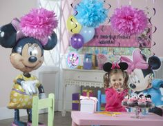 Minnie Mouse Birthday Party Ideas from BirthdayExpress.com