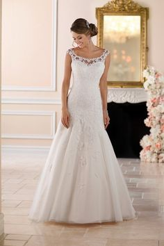 Stella York Wedding Dresses - Search our photo gallery for pictures of wedding dresses by Stella York. Find the perfect dress with recent Stella York photos. Spring 2017 Wedding Dresses, Lace Wedding Dress, Dream Wedding Dresses, Bridal Dresses, Wedding Gowns, Lace Dress, Bridesmaid Dresses, Wedding Shot, Modest Wedding