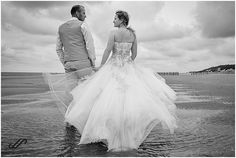 Why not make photos after your wedding. Do a little trash the dress in the ocean? These weddingpictures are made on the beach on Ameland. Make Photo, Around The Worlds, Ocean, Wedding Dresses, Beach, Photos, Fashion, Seeds, Bride Gowns