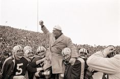 Green Bay Packers Coach Vince Lombardi, 1961 NFL Championship:  UNITED STATES - DECEMBER 31: Football: NFL championship, Green Bay Packers coach Vince Lombardi victorious, getting carried off field by team after winning game vs New York Giants, Green Bay, WI 12/31/1961 (Photo by Marvin E. Newman/Sports Illustrated/Getty Images) (SetNumber: X8174) #GreenBay #Packers #football