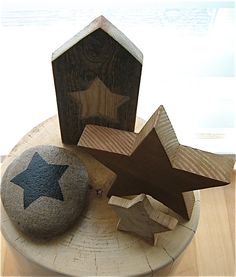 Made by Marianne Etienne Christmas Table Deco, Christmas Night, All Things Christmas, Christmas Decorations, Look At The Stars, Love Stars, Let Freedom Ring, Doorstop, Star Art