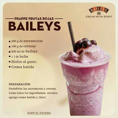 Most up-to-date Photographs Frappe frutas rojas: - de zarzamora - de cerezas - de Baile. Concepts Whether steamy break fast Consume or fruity refreshment between – Smoothies just generally go. Baileys Drinks, Baileys Recipes, Bar Drinks, Yummy Drinks, Alcoholic Drinks, Yummy Food, Frappe Recipe, Milkshake Recipes, Milkshakes