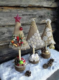 Best Christmas Crafts for Kids, Christmas Crafts Ideas, Christmas Home Decorations Easy Christmas Ornaments, Fabric Christmas Trees, Felt Christmas Decorations, Mini Christmas Tree, Christmas Sewing, Christmas Crafts For Kids, Rustic Christmas, Christmas Projects, Holiday Crafts