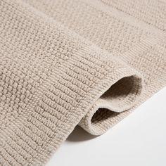 Come rinnovare il bagno spendendo poco - my touch design Towel, Zara, Design, Design Comics, Towels