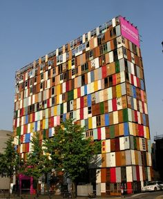 O edifício de 1000 portas