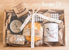Lola Wonderful_Blog: DÍA DEL PADRE 2016 - Regalos personalizados Cookie Gifts, Food Gifts, Diy Gifts, Gift Hampers, Gift Baskets, Lola Wonderful, Breakfast Basket, Navidad Simple, Promo Gifts