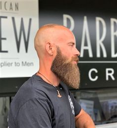 Daily Dose Of Great Beards ✔️from Bald Men With Beards, Bald With Beard, Beard Fade, Great Beards, Beard And Mustache Styles, Beard Styles For Men, Beard No Mustache, Hair And Beard Styles, Badass Beard