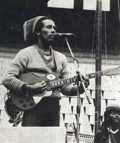 Bob Marley, rehearsal at Plaza de Toros, Barcelona, Spain, the UpRising Tour Reggae Style, Reggae Music, My Music, Bob Marley Legend, Reggae Bob Marley, Family First, First Love, Bob Marley Pictures, Marley Family