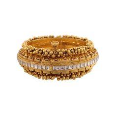 Gold Jewelry In Pakistan Product Gold Rings Jewelry, Diamond Jewelry, Jewellery, Antique Jewelry, Ruby Bangles, Gold Mangalsutra Designs, Urban Jewelry, Pakistani Jewelry, Bracelets