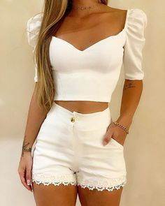 ivrose / White V Neck Crop Tops And Shorts Crop Top And Shorts, Crop Top Outfits, Cute Casual Outfits, Summer Outfits, White Shorts, White Crop Top Outfit, Crop Top Et Short, Short Blanc, Trend Fashion