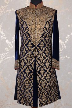 Sherwani For Men Wedding, Wedding Dresses Men Indian, Mens Sherwani, Sherwani Groom, Wedding Dress Men, Indian Bridal Lehenga, Designer Bridal Lehenga, Groom Outfit, Groom Dress