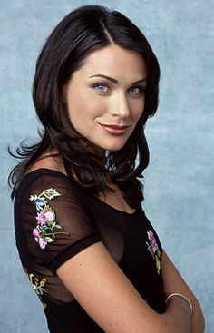 The Women of Heroes list Bold And The Beautiful, Most Beautiful Women, Rena Sofer, Female Character Inspiration, Urban Street Style, Brown Hair Colors, Beautiful Celebrities, Urban Fashion, Movie Stars