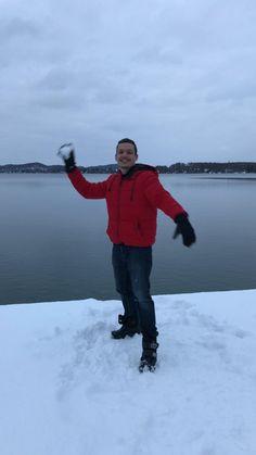 Genieße Bayern im Winter und unternimm Ausflüge in die Region. Spaziere durch den Schnee, besuche Städte und lass dich von der weißen Pracht verzaubern.