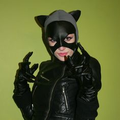 Kitty, kitty 😼  I decided to take some pictures as #Catwoman. Obviously this isn't the outfit or makeup for my cosplay, but I was too excited about the completion of my cowl!  I made it all myself. Created the pattern, figured out what materials to use, and then put it all together all while still learning how to sew. I couldn't find ANYTHING online about making a #BTAS cowl so o' lot of brain power was put into this thing.  All in all I'm really, really proud and excited!!
