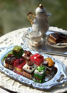 Miniature Tea Party ... 1/12 scale