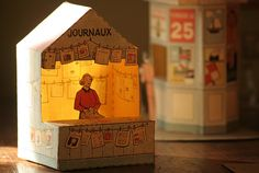 Incredible collection of paper dioramas, paper dolls, prints and labels. Translate from French.