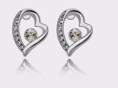 Fashion Style Crystal Cubic Zircon Stud Earrings Wedding Accessories Silver Heart Earrings For Women Girls Fashion Jewelry Heart Earrings, Crystal Earrings, Crystal Rhinestone, Women's Earrings, Silver Earrings, Swarovski, Charms, Fashion Jewelry, Women Jewelry
