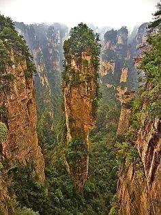 Travel Pinspiration - 7 Canyons Around The World - Wullingyuan Canyon, China - Travel Pinspiration On The Blog!
