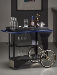 Chivas Regal 18 Drinks Trolley | Inkorporate | Creative Design & Production for the Drinks Industry Bar Trolley, Drinks Trolley, Bar Drinks, Food Trolley, Home Bar Furniture, Furniture Design, Metal Furniture, Drink Cart, Gold Bar Cart