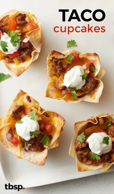 Sub meat and chess Cheese; Yummy layers of your favorite taco fillings baked in wonton wrappers in cupcake form. This easy twist on regular tacos is ready in 30 minutes, making it perfect for a weeknight meal. Mexican Dishes, Mexican Food Recipes, Mexican Meals, Good Food, Yummy Food, Tasty, Taco Cupcakes, Lasagna Cupcakes, Wonton Wrappers