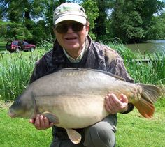 The inimitable Bob Church with a personal best 44lb mirror carp